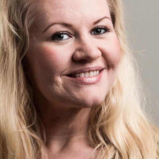 Lotta Backlund - Bakom Micken - juontaja, puhuja