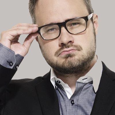 Tuomas Enbuske - Bakom Micken - juontaja, puhuja